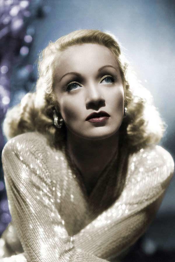 Schönheit in den 40er Jahren: Marlene Dietrich