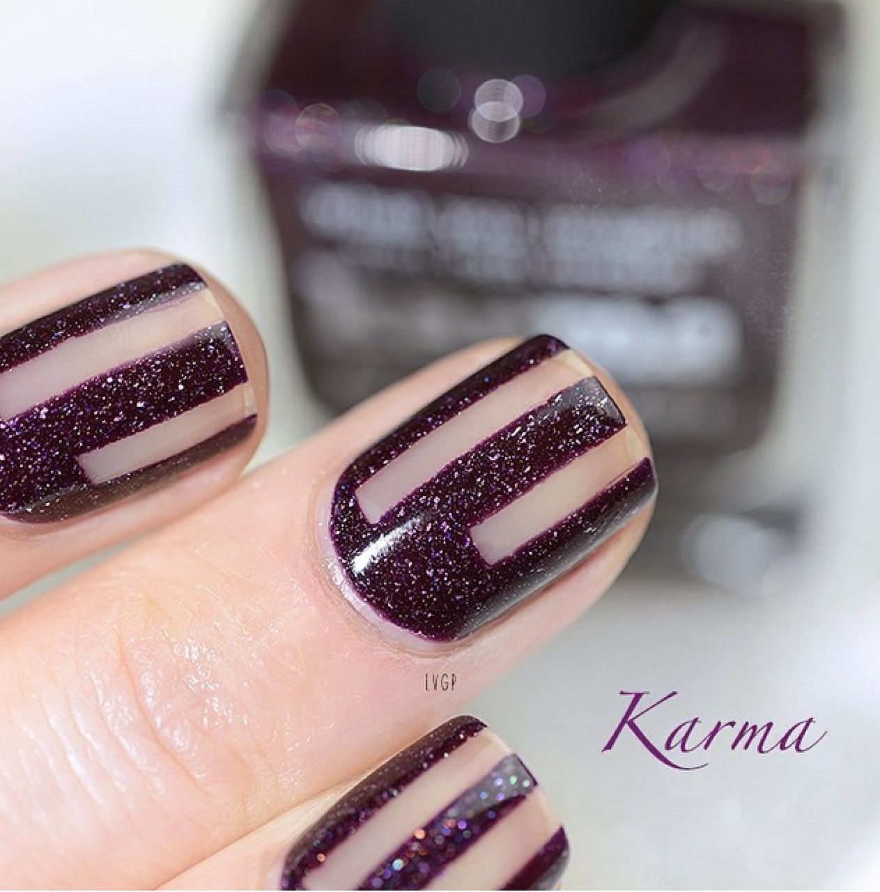 piCture pOlish \'Karma\' negative lines nails by VGP-Laura LOVE this ...