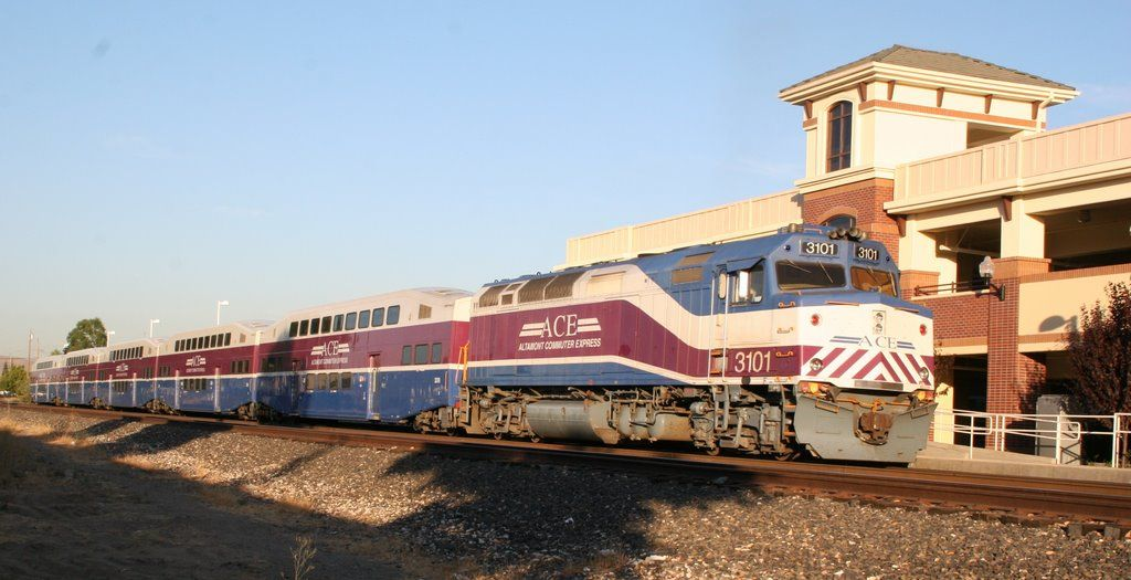 ACE Train at the Livermore Station | House styles ...