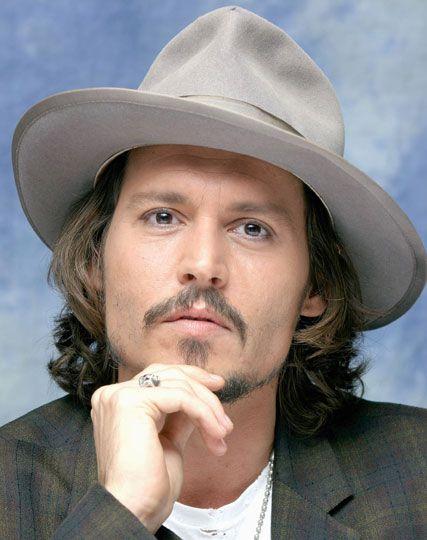 Johnny Depp  2db065a9cd3