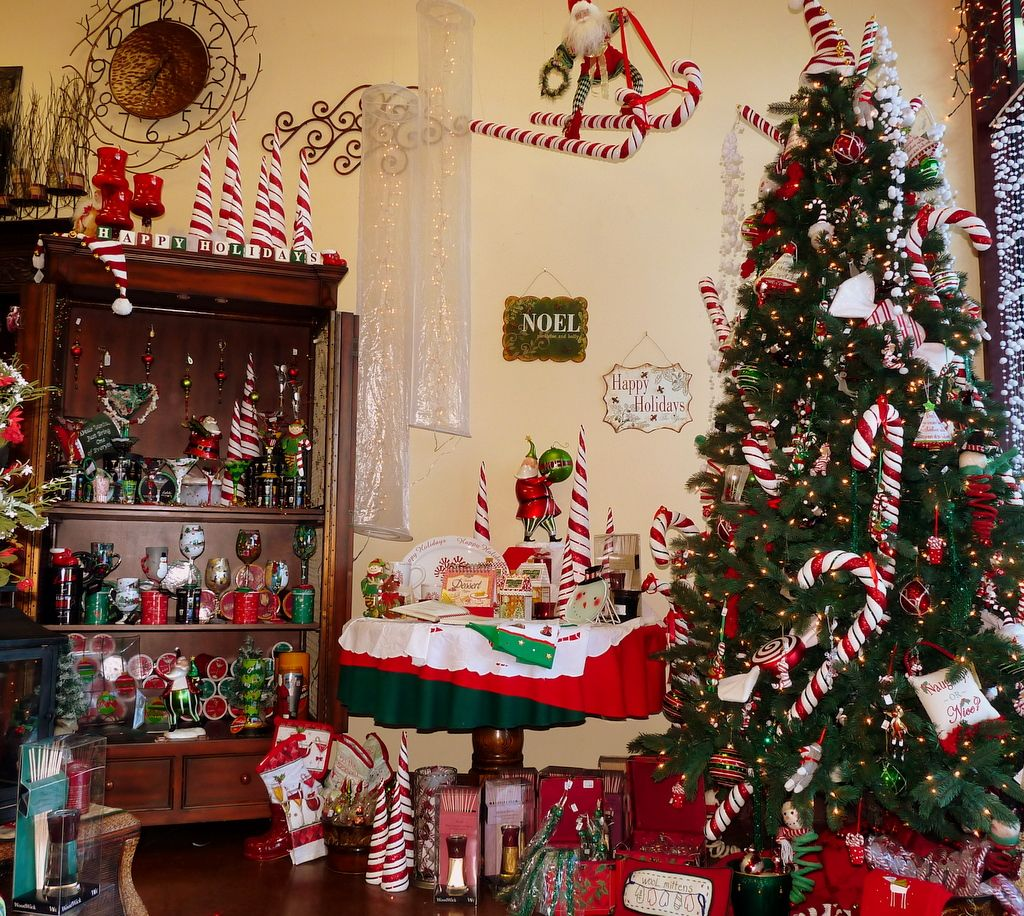 Charmant Christmas Interior House Decorations Chic Christmas Home Decor Idea For  Centerpiece