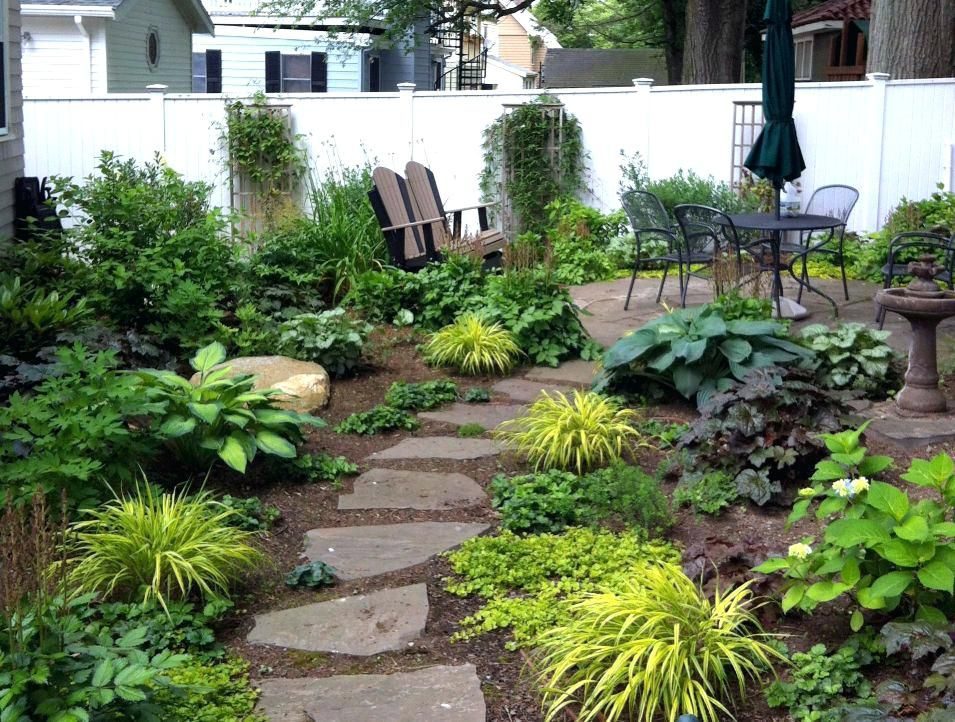 Deck Idea Couple Indicated On Reddit That The Diy Project Cost Them 2500 And A Couple Of Landscape Design Backyard Landscaping Backyard Landscaping Designs