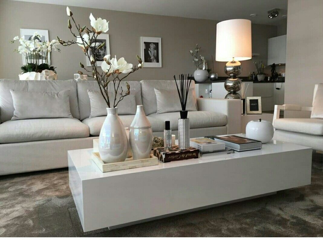 Lounge Decor Black White Red Deko Living Room Hall Way
