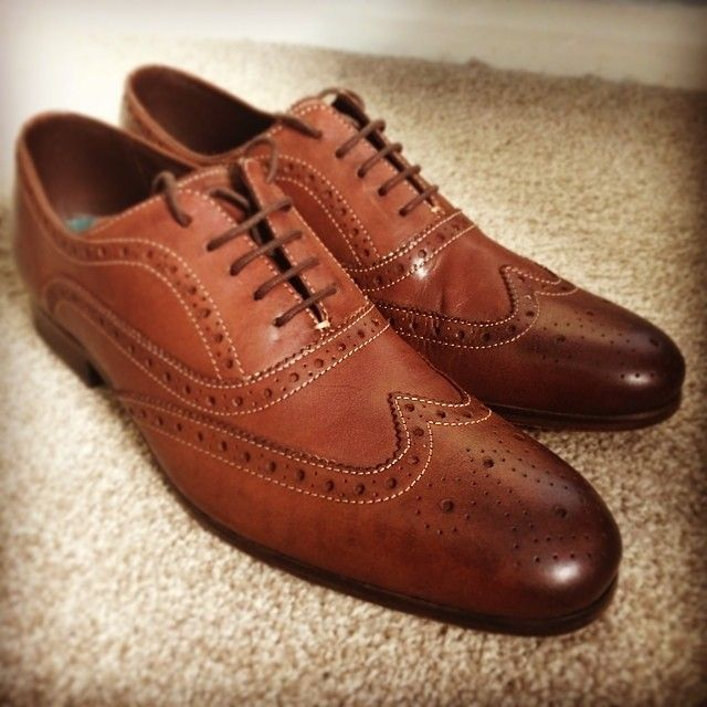 Gorgeous brown men's #wingtip brogues dress shoes from Ted Baker