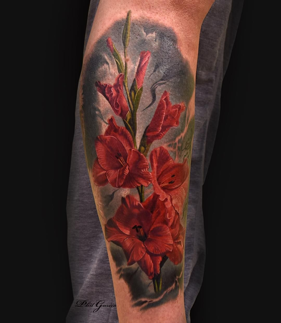 Got To Tattoo Some Gladiolus Flowers Today Messed Around