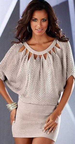 платье туника оригинального фасона связано спицами схема вязания