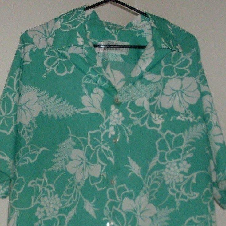 d53f77f0 Hilo Hattie Hawaiian Aloha Shirt XL Vintage 70s 100% Polyester Blue  Hibiscus #HiloHattie #Hawaiian