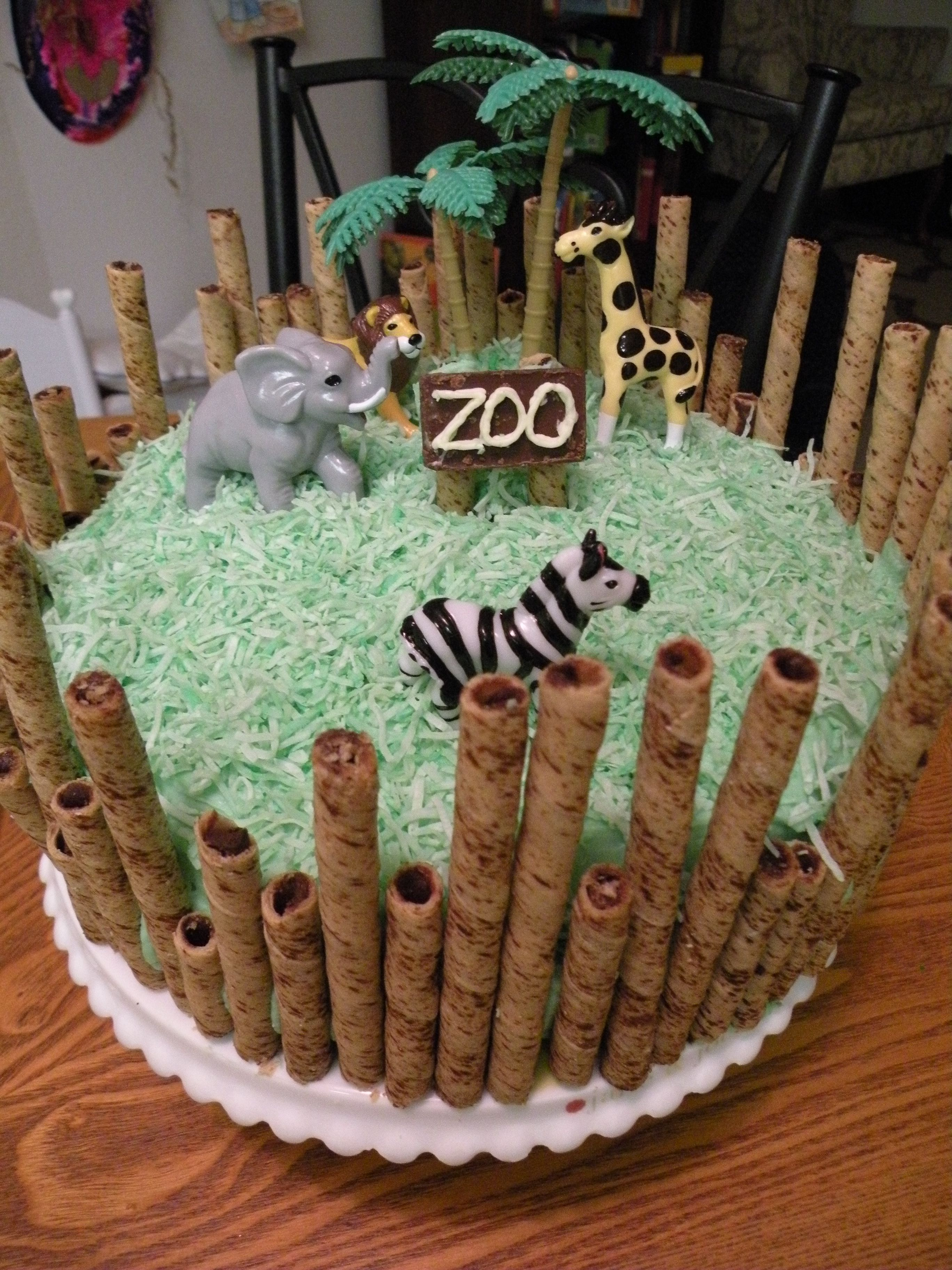 Zoo Cake I Love Pirouettes This Is So Do Able Zoo Birthday In