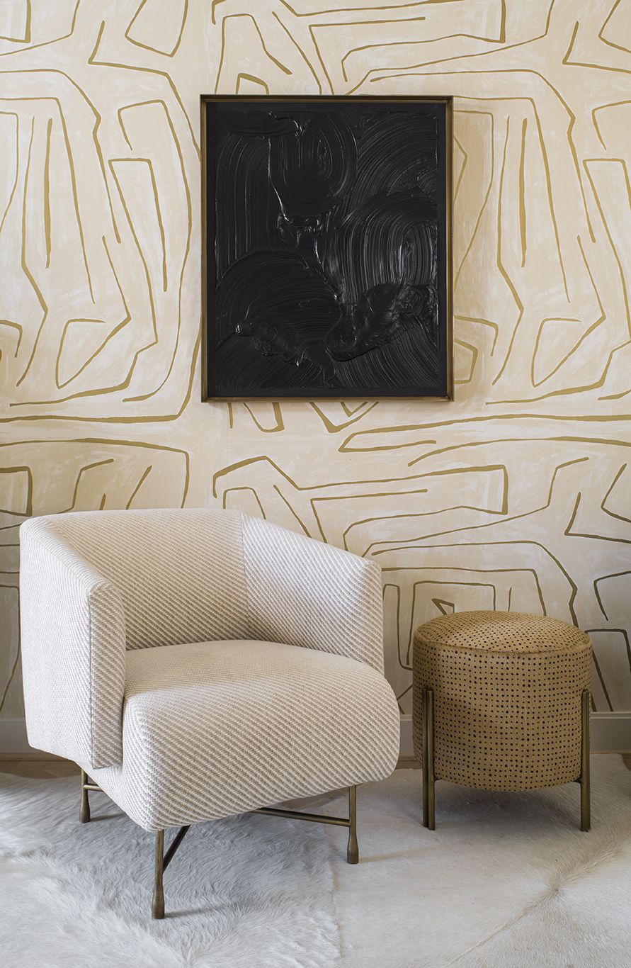 KELLY WEARSTLER | GRAFFITO WALLPAPER. In Ivory/Gold | Sassy and Sexy Seating