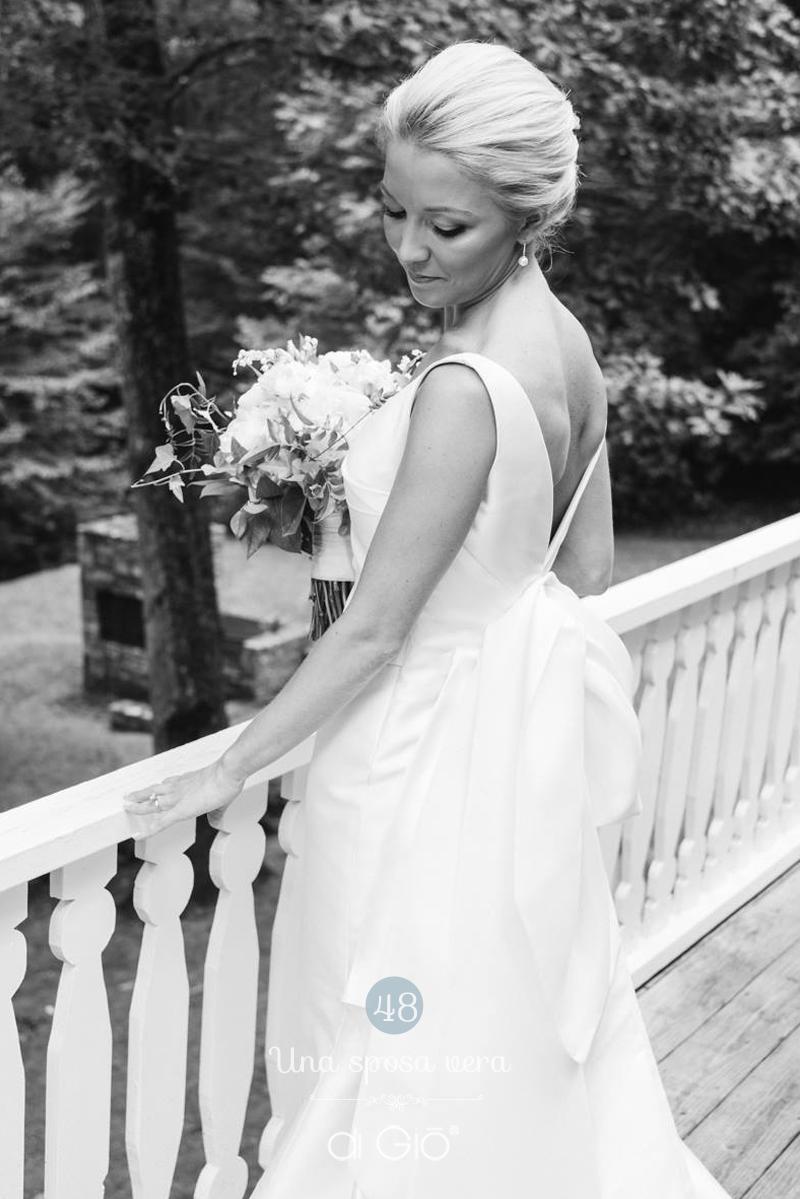 American wedding | Congratulation Annabond and Clay | ph: Virgil Bunao #realbride #americanbride #americanwedding #digiodress #digioatelier #lesposedigio #weddingdress #madeinitaly