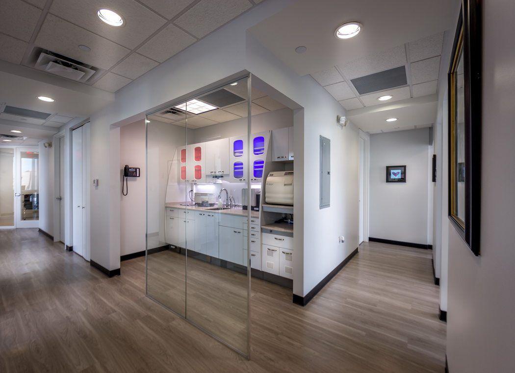 Un Cabinet Dentaire Moderne Et Aux Petits Soins Floride Design De Cabinet Dentaire Decor Pour Cabinet Dentaire Cabinet Dentaire