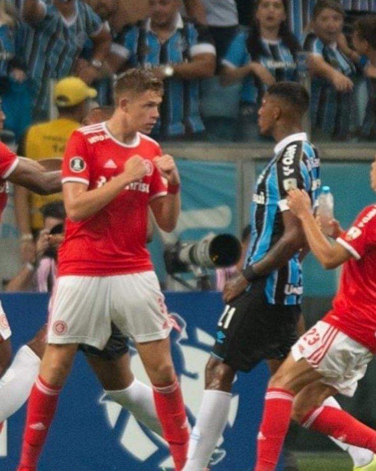 3 839 Curtidas 85 Comentarios Inter Mil Grau Interm1lgr4u No Instagram Hahahahahah Sport Clube Internacional Internacional Futebol Clube Gremio Campeao