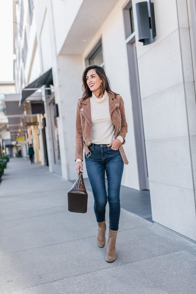 Why I Can t Stop Wearing Suede Moto Jackets - STYLETHEGIRL b557e52f4