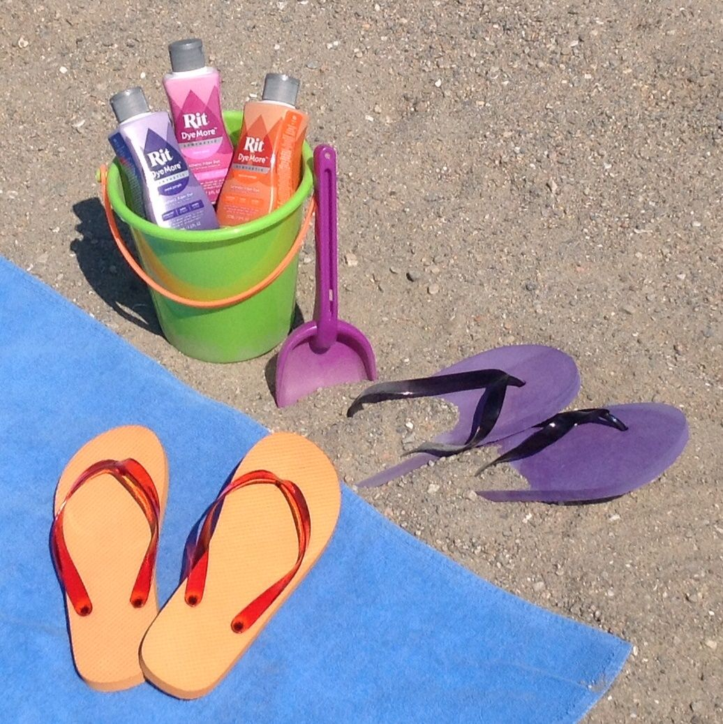 How to Dye Summer Flip Flops with DyeMore White flip