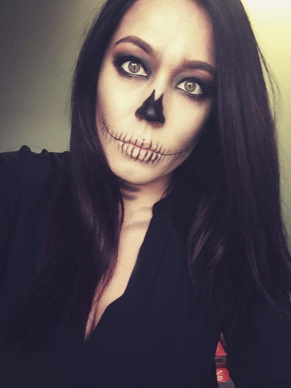 Find me on Facebook for makeup tutorials - Jennifer Legear