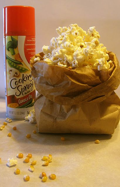 Cup Popcorn Kernals Spray Inside Of Bag With Cooking Oil Sprinkle Salt Or Flavoring Set To Setting On Microwave