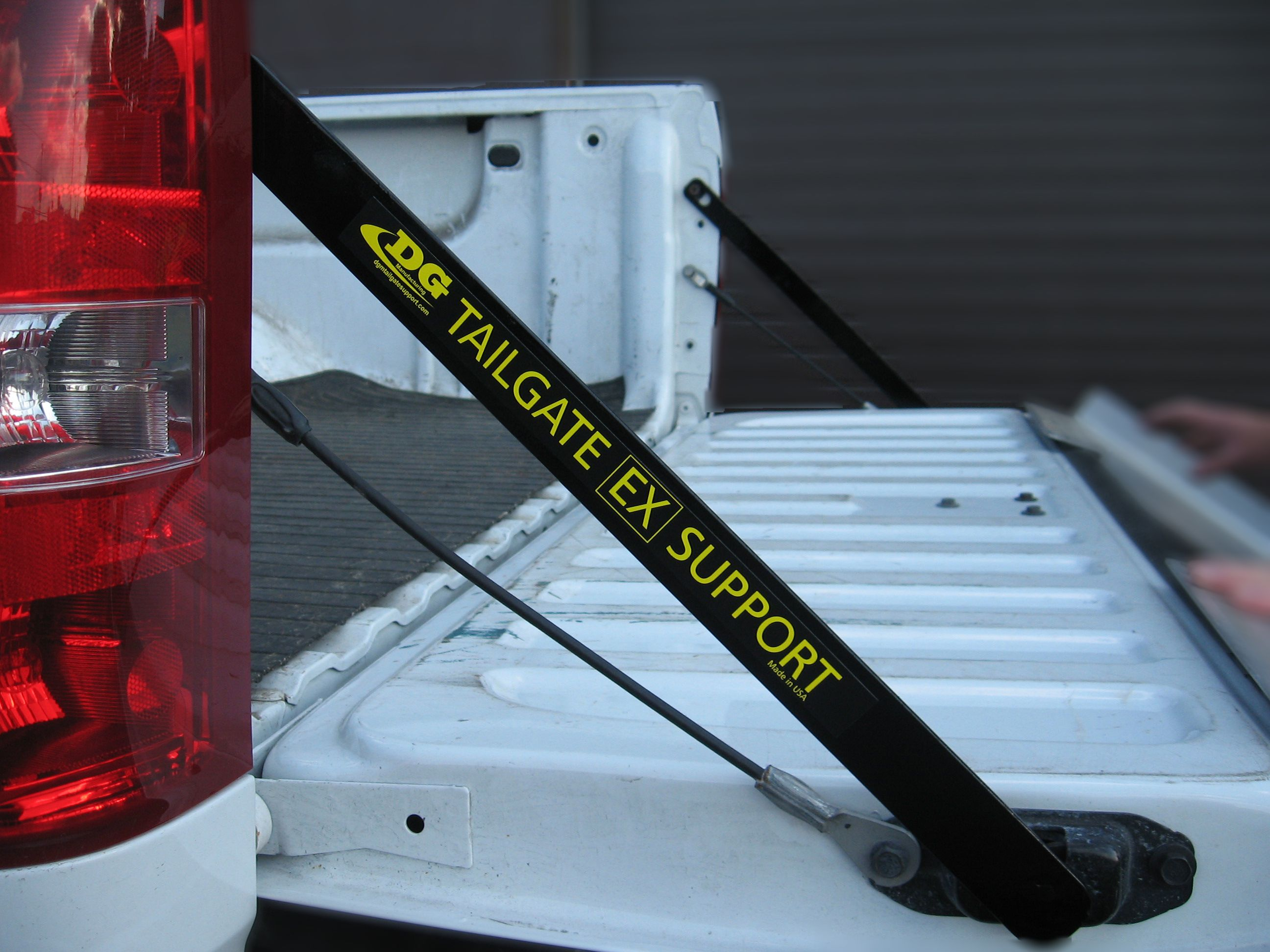 Full Size Tailgate Ex Support Bars For Dodge Full Size 1500 2500 3500 Tailgate Pickup Trucks Manufacturing