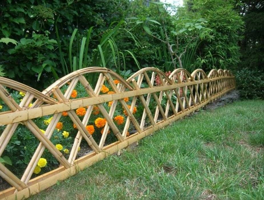 Uncategorized , Outdoor Landscaping Plan Ideas Of Applying Small Garden  Fence Designs To Obtain The Neat And Lovely Look : Beautiful Small Bamboo  Garden ...