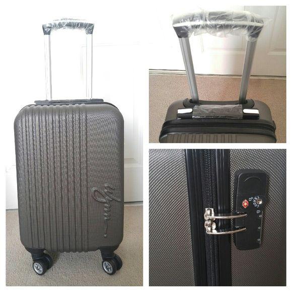 db8a69218901 Rare Wynn Las Vegas Luggage Rare collectible Wynn Las Vegas Luggage ...