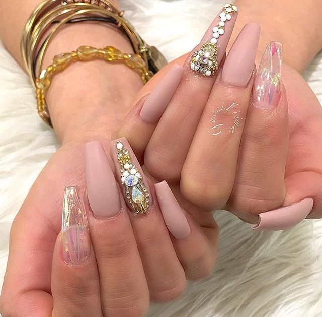Pin by Princess 👑 on ( Claws ) | Pinterest | Coffin nails, Jewel ...