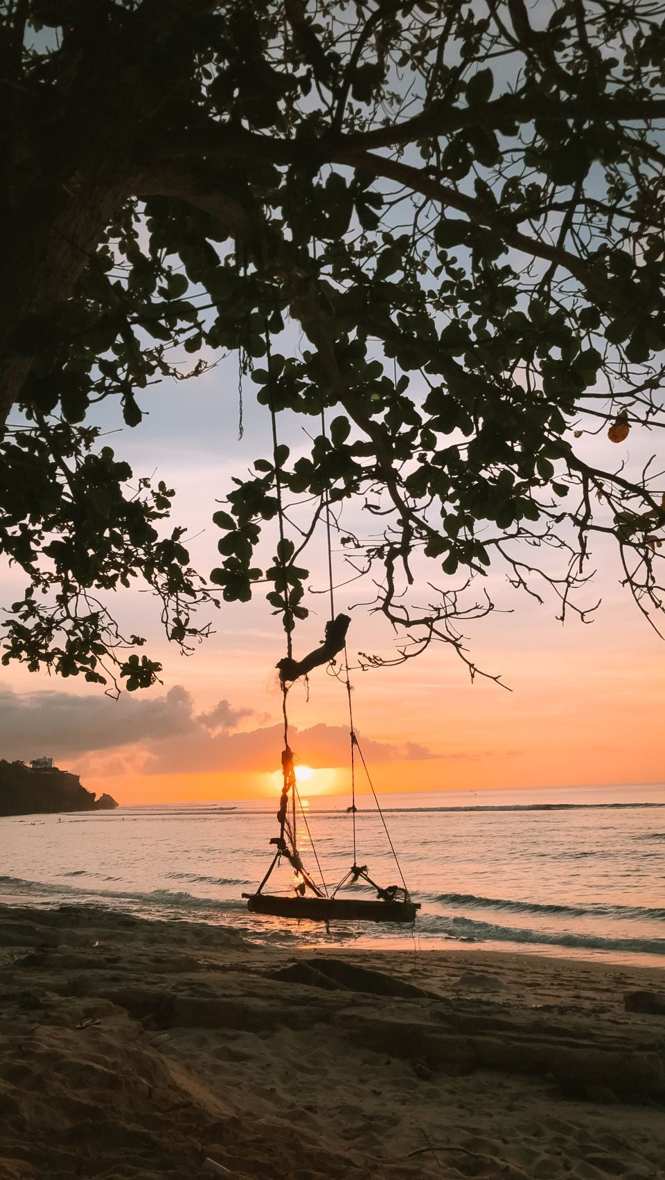 An incredible sunset at Padang Beach in Bali! See more by @chriischristina on Steller. #Beaches #Bali #Indonesia #BeautifulBeaches #BaliTravel #Calming