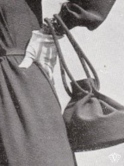 1940s Wartime Drawstring Handbag Sewing Pattern Makeup Hair