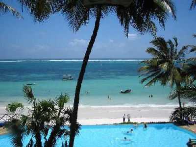 Kenya - Mombasa: cornrows, swimming, massage, infinity pools, dancing, singing, eating and screaming about bugs =)