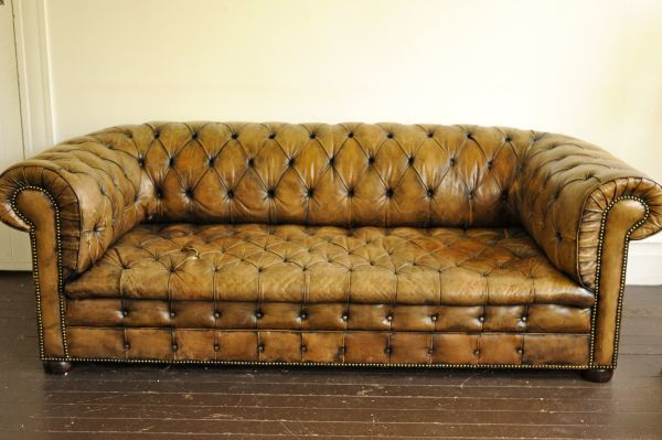 Chesterfield leather sofa on Craigslist Seattle. Only $2800 ...
