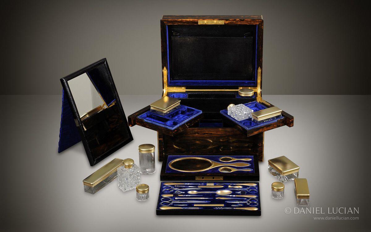 Antique Dressing Case in Coromandel with Silver-Gilt Bottles, by Betjemann & Sons - DanielLucian.com