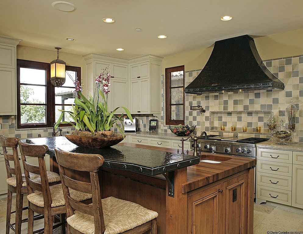 Country Kitchen - Find more amazing designs on Zillow Digs ...