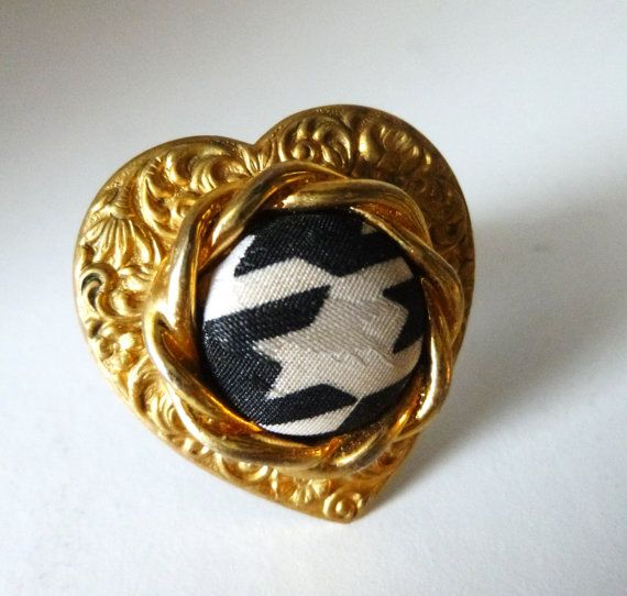 Vintage Heart Shaped Gold and Chevron Pattern Ring by Rusticware, $14.00