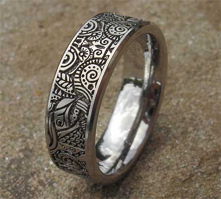 Aztec Mayan Tribal Titanium Ring Love2have In The Uk Titanium Rings For Men Titanium Rings Titanium Wedding Rings