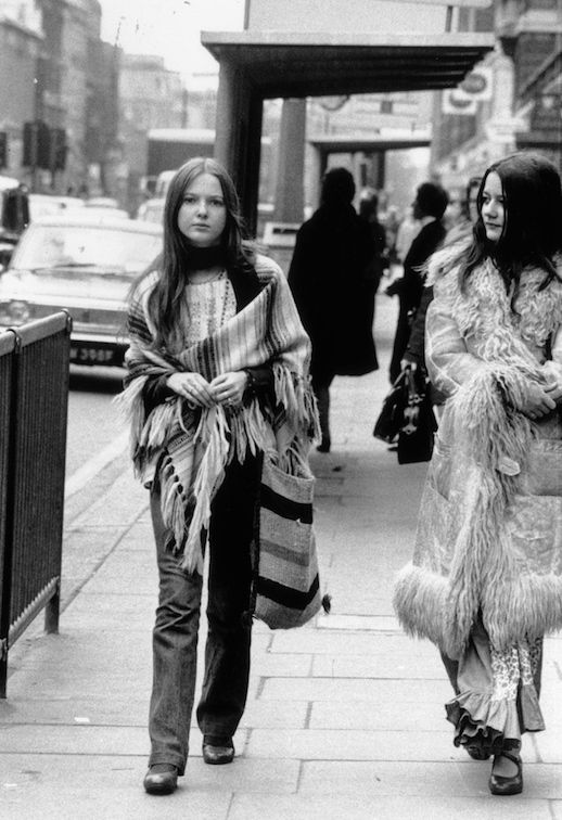 45 Incredible Street Style Shots From The 70s Le Fashion