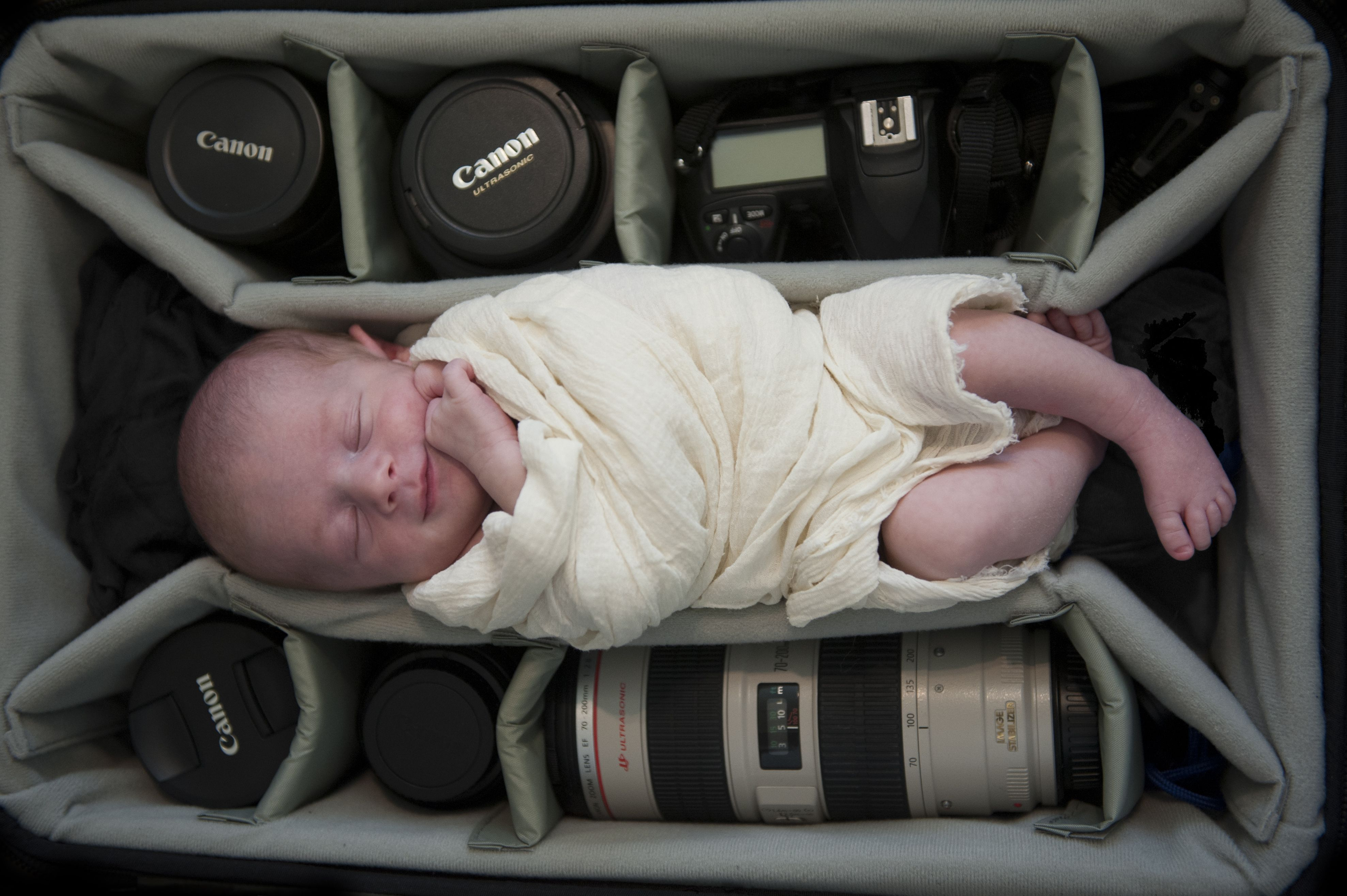 Newborn photography camera case baby baby in case cannon nikon lens