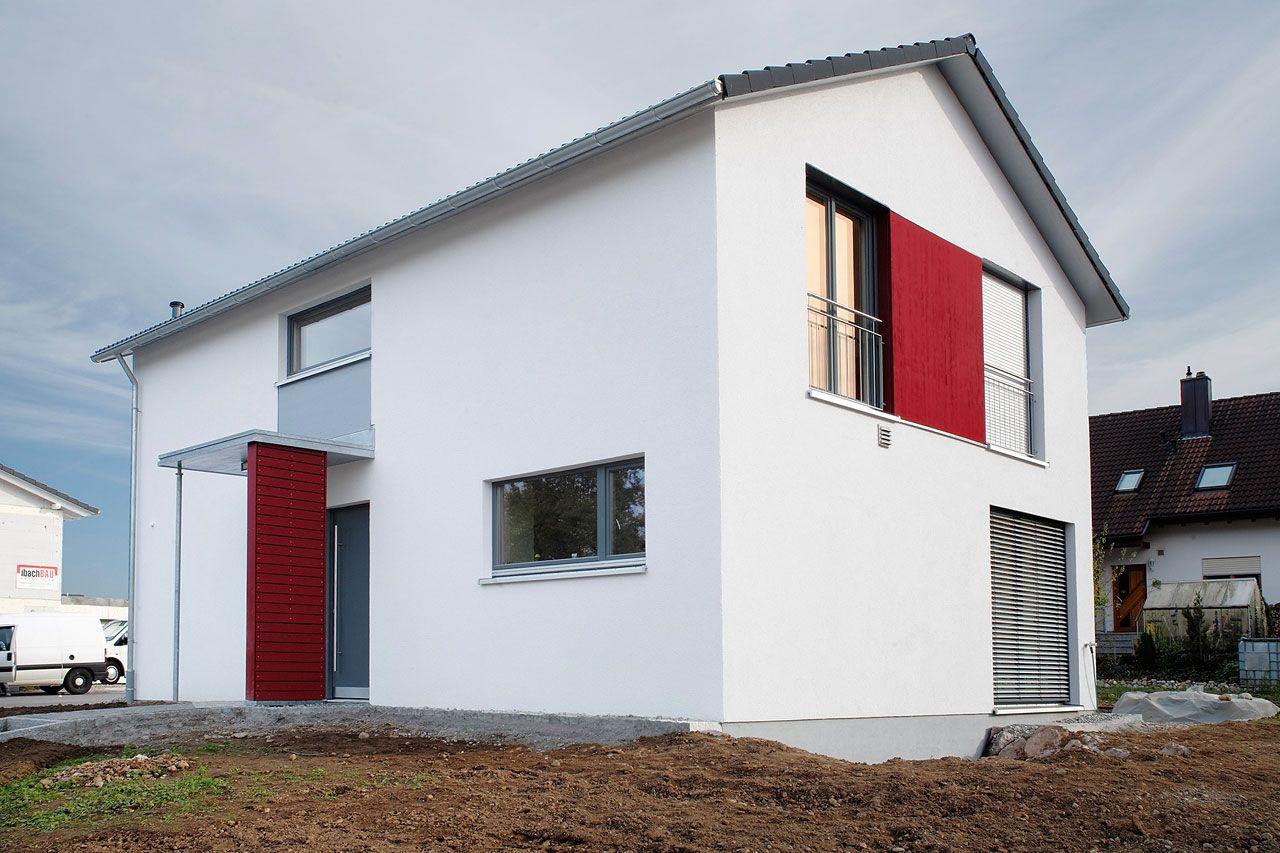 Moderne fassaden einfamilienhäuser satteldach  Energiesparhaus: Einfamilienhaus Lauchringen | Architekt Kaiser ...