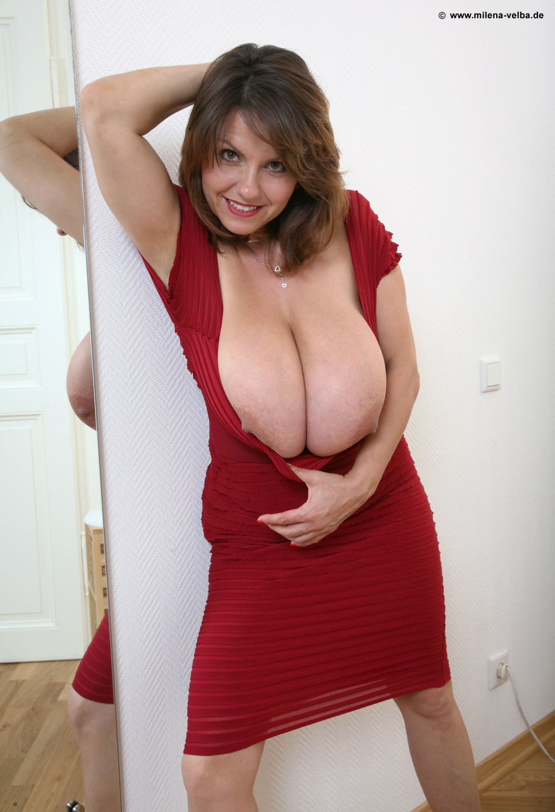 Milf sexy in drees blue 4