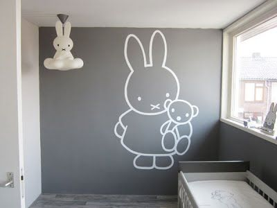 Mooi Nijntje Babykamer : Nijntje babykamer poppeliers muurschilderingen babykamer