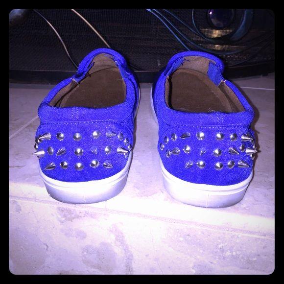 Qupid Spike blue sneakers ✂️PRICE Qupid spiked sneakers worn once Qupid Shoes Sneakers