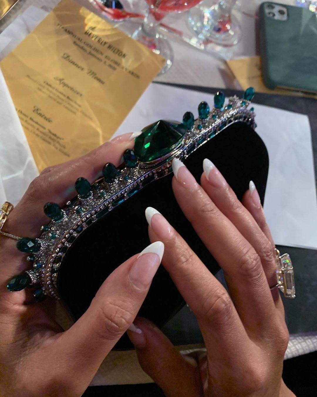 Beyoncé in 2020 | Arm jewelry, Beyonce jewelry, Jewelry