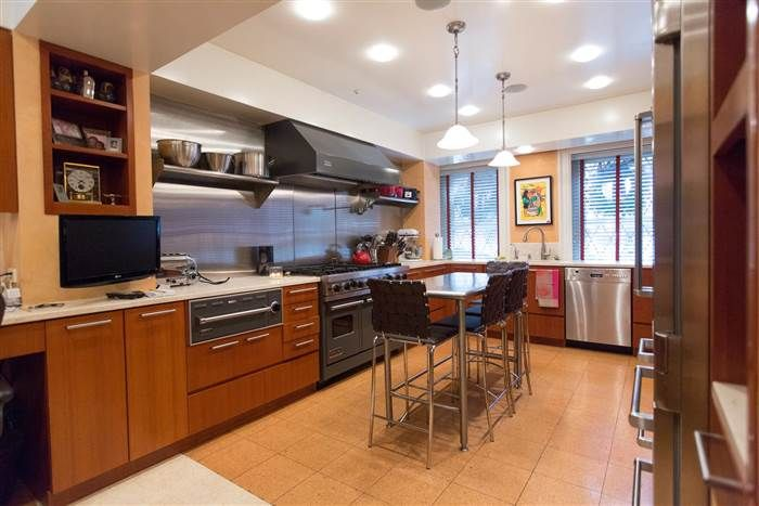At Home With Today Al Roker Welcomes You Inside His Manhattan Kitchen Manhattan Kitchen Home Kitchen