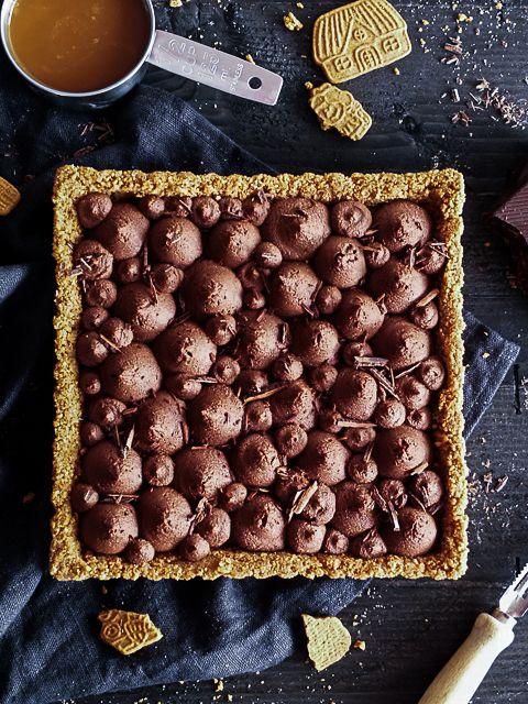 Gewürz Spekulatius Tarte mit Karamel & Schokoladen Mousse {Food Blogger Adventskalender 2017} - Meine Küchenschlacht