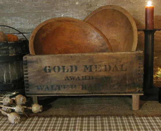 Great Idea For Old Box And Wooden Bowls Wooden