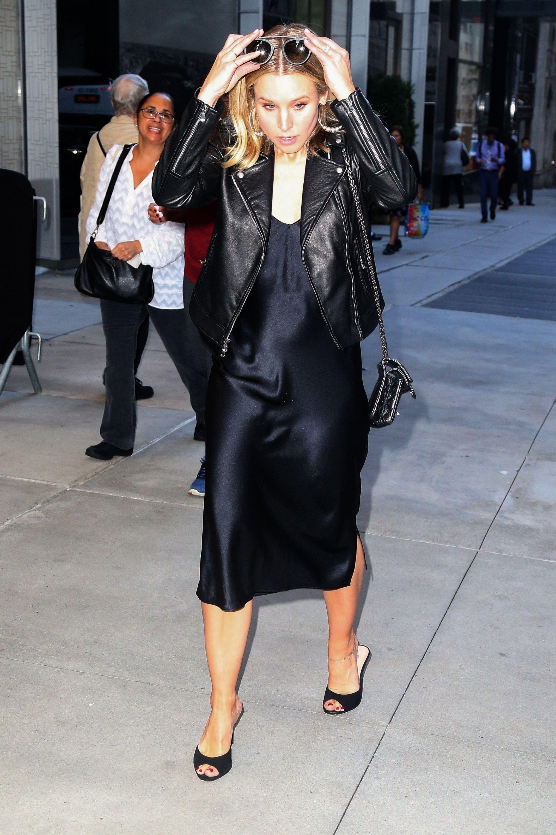 Amy Adams Wikifeet kristen bell's feet << wikifeet | kristen bell, style