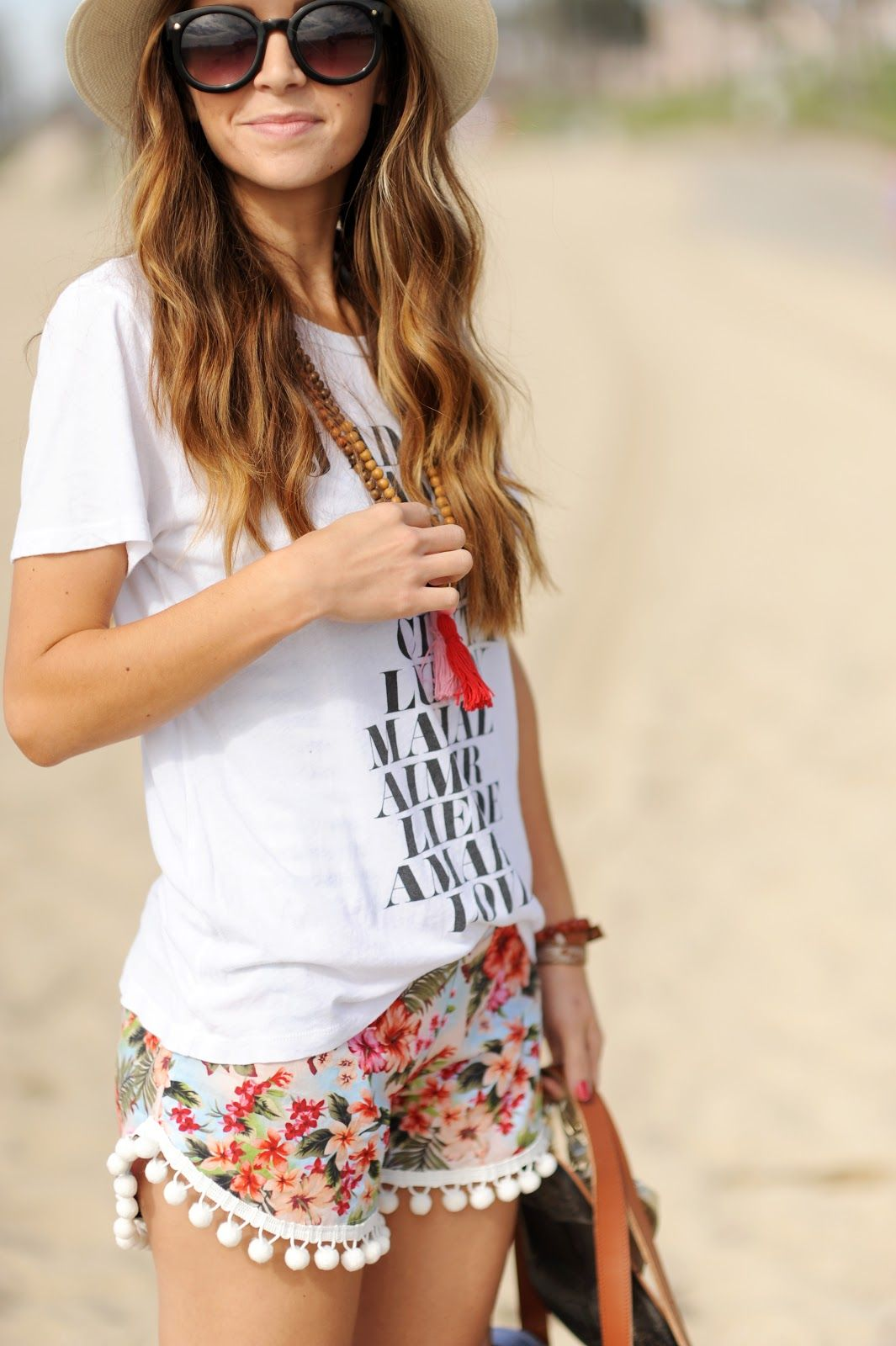 Merrick\u0027s Art // Style + Sewing for the Everyday Girl DIY FRIDAY POM,POM BEACH  SHORTS