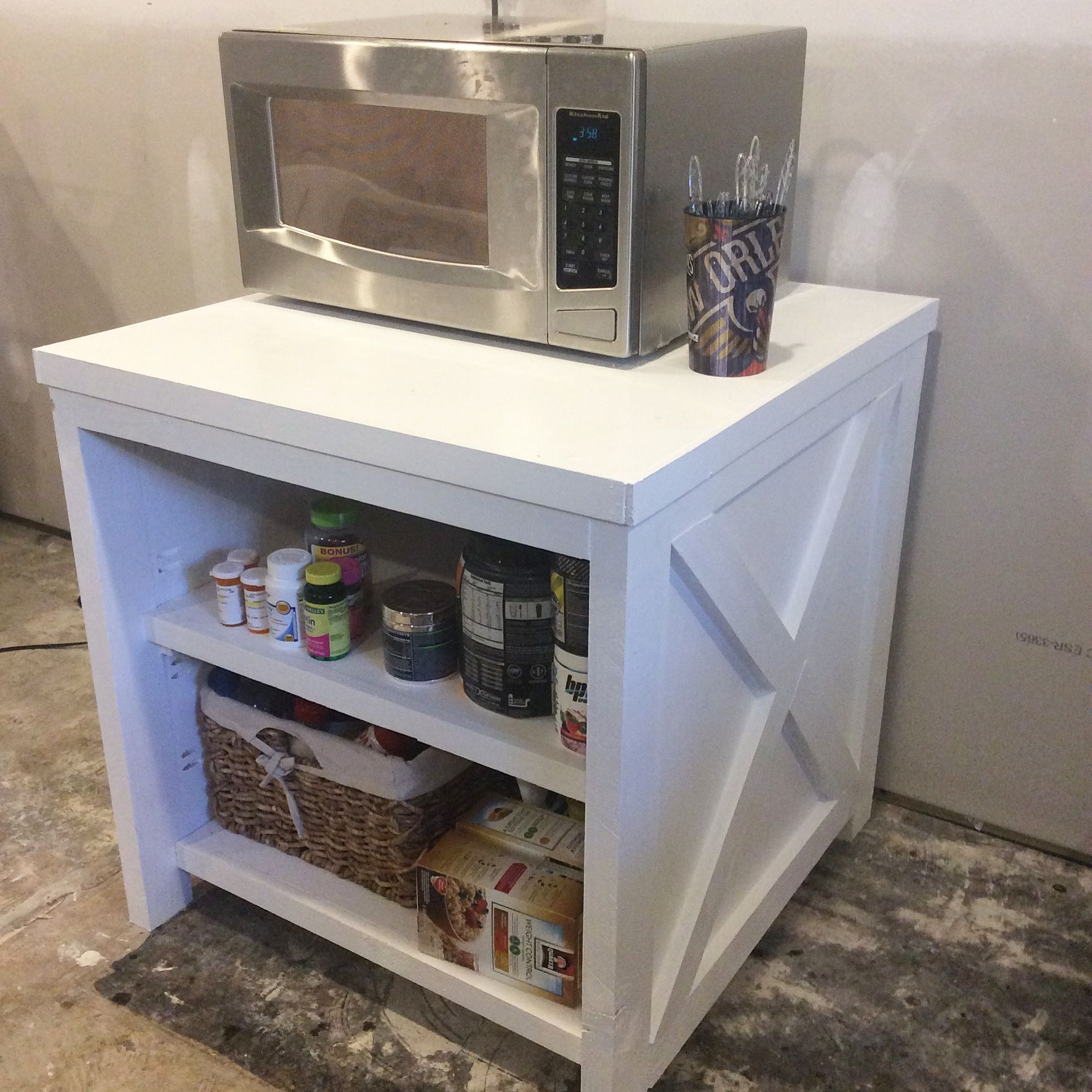18++ Farmhouse microwave stand type