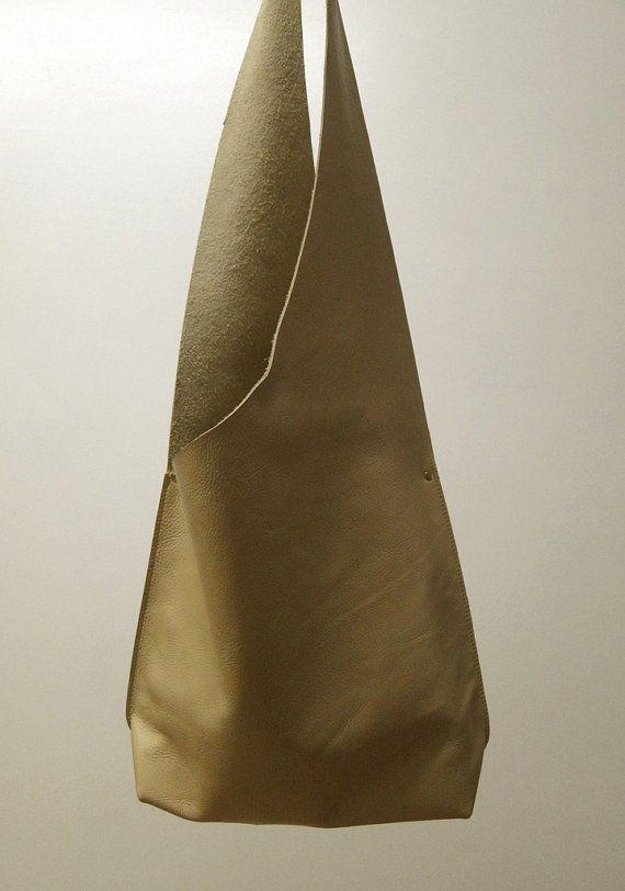 Épaule sac à main à la main en cuir crème par JPRESTONHANDBAGS