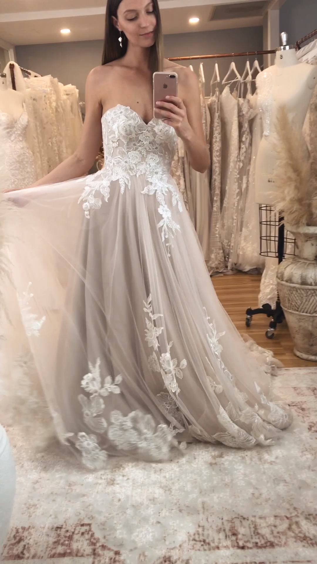 La robe HAVEN par Madi Lane Bridal    – night dress