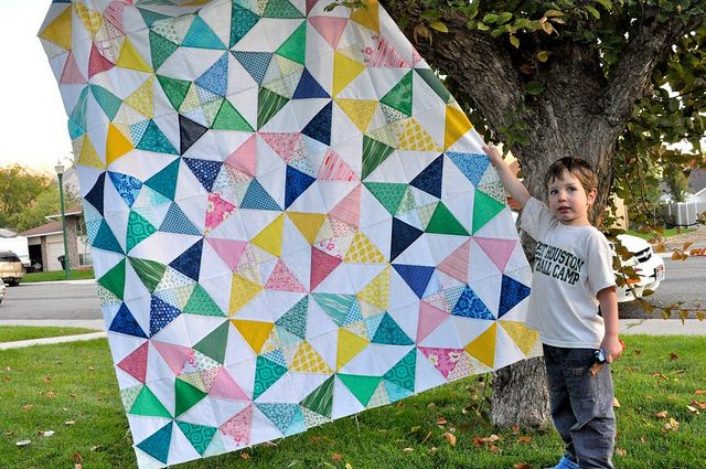 Kaleidoscope QAL | the top is finally finished!!! Now I'm ju… | Flickr