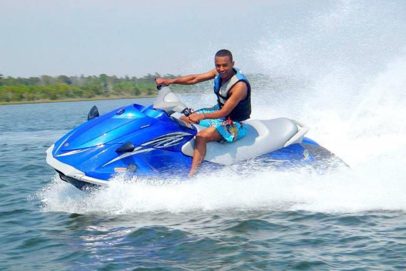 Enjoy Our Jet Ski Als In West Palm Beach Featuring Brand New 4 Stroke Yamaha Waverunners 2 3 Seaters Feel The Exhilarating Acceleration