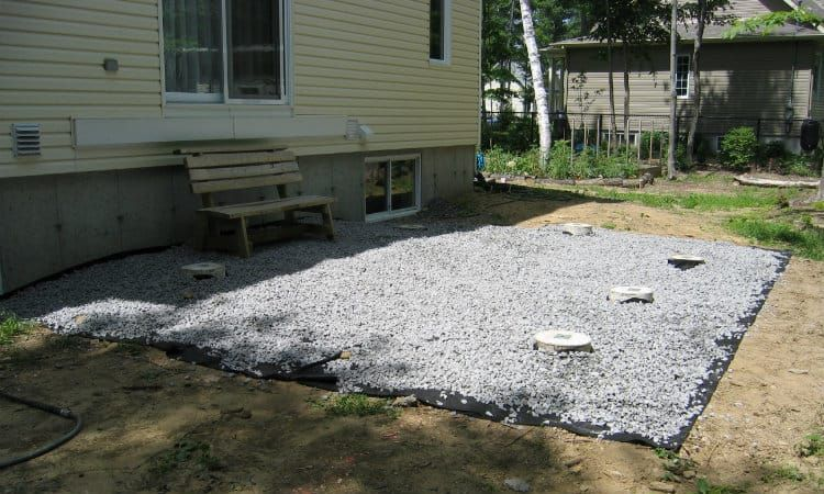 How To Build A Curved Deck Curved Deck Deck Landscaping Under Deck Landscaping